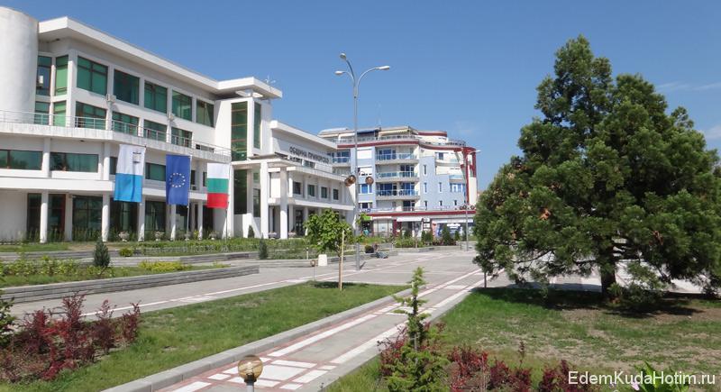 Здание администрации Приморско