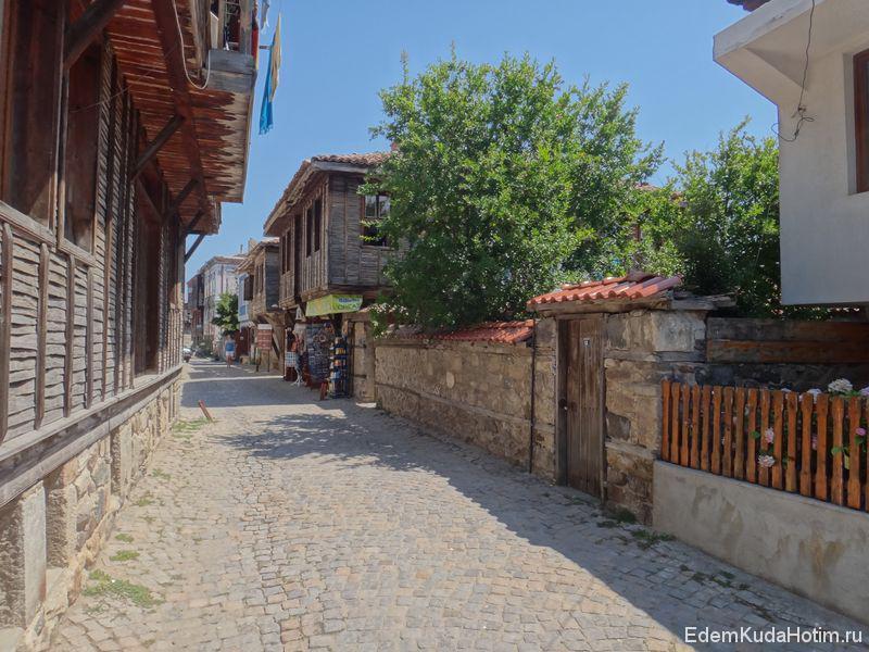 Узкие улочки Созополя