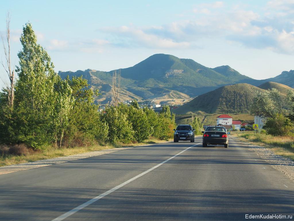 Въезжаем в горный Крым